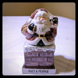 Other - Santa salt and pepper shakers